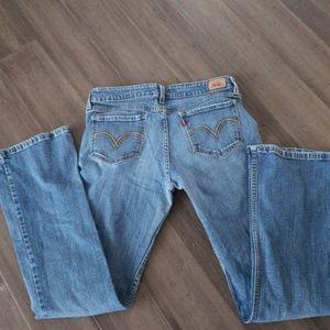 Levi 518 jeans